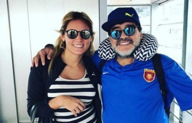 Maradona publicó una foto con Oliva: El amor sigue intacto