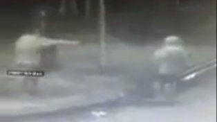 Un gendarme mató de un tiro a un ladrón que intentó asaltarlo en Tigre.