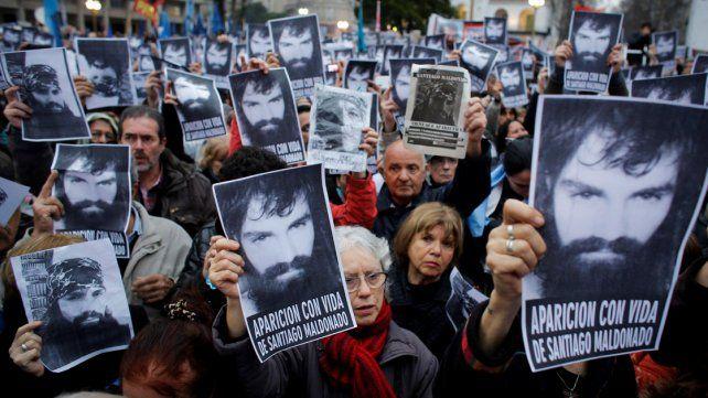 Familiares de Maldonado pidieron la renuncia de Patricia Bullrich en Plaza de Mayo