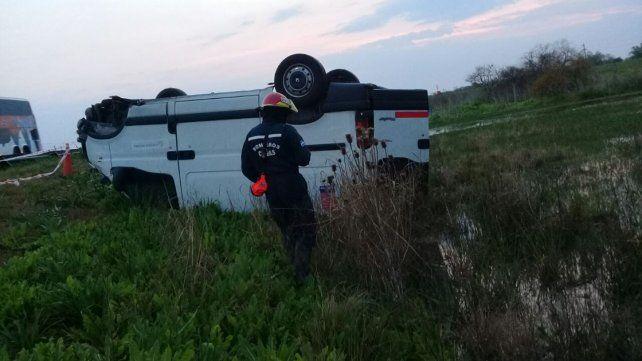 Accidente fatal en ruta 14: Murió un hombre tras volcar con su camioneta