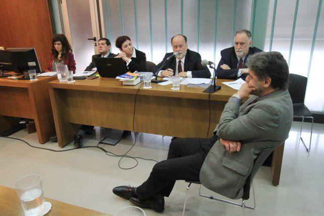 Sin Cachi. Los exministros Rubén Villaverde y Enrique Carbó aceptaron someterse a juicio oral.
