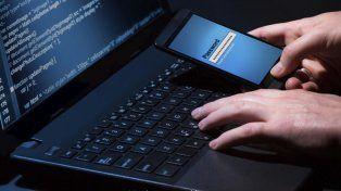 Dos detenidos por estafar en más de 50 millones a una empresa de telefonía móvil