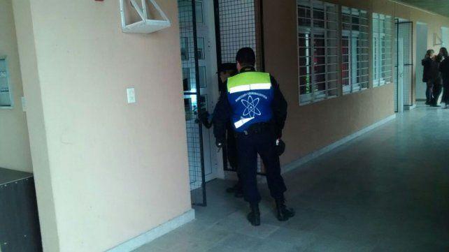 Sospechan que los autores del robo en la escuela son vecinos de Colonia