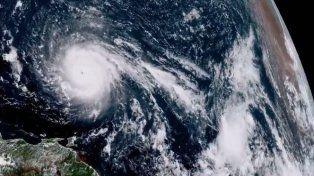 Irma: Claves para entender la furia y devastación del huracán que está llegando a Florida