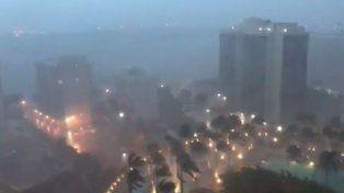 Irma ya ingresó a Miami y empezó a desplegar su furia