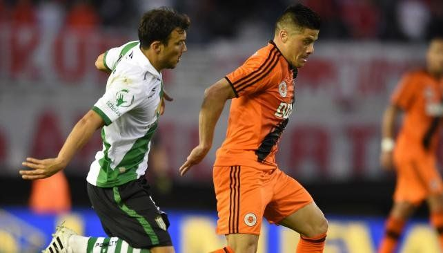 River recibe a Banfield con varias modificaciones