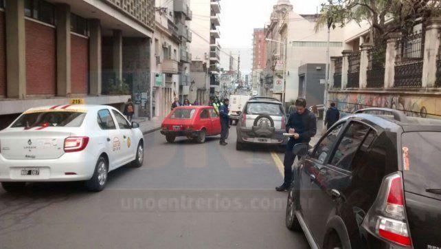 Realizan un fuerte operativo de tránsito en la zona céntrica de Paraná