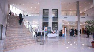 Con un Congreso de Ingeniería comenzaron las actividades en el Centro de Convenciones de Paraná