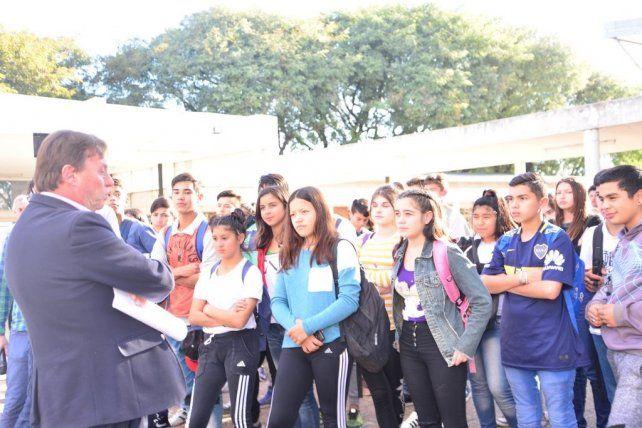 Varisco le garantizó a la escuela Esparza su terreno