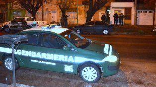 La Gendarmería rescató a la víctima luego de que ella llamara al 144 para denunciar su situación.
