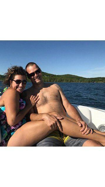 Se sacaron una foto que asombró a sus amigos por su contenido sexual