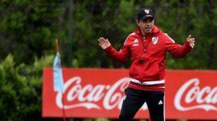 Marcelo Gallardo pone suplentes en su equipo.