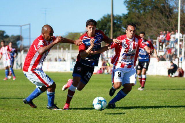 El Decano cayó 2 a 0 frente a Defensores de Belgrano de Ramallo en su debut en el Federal A