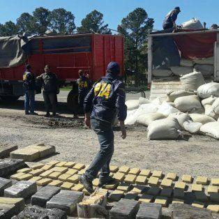 Incautaron cargamento millonario de droga en un operativo en Sauce de Luna