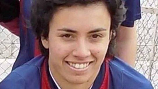 Una joven murió en la entrada de calor previo a un partido de fútbol