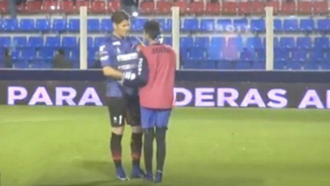 Bertoli tuvo un gran gesto para con un alcanzapelotas de Tigre