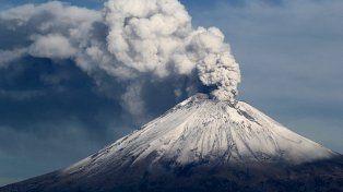 VIDEO: El volcán Popocatépetl hizo erupción tras el terremoto en México