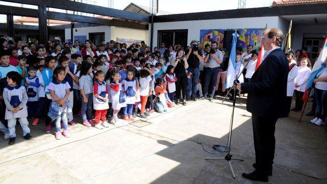 El gobierno entrerriano licitó obras por 45 millones de pesos para dos escuelas de Concordia