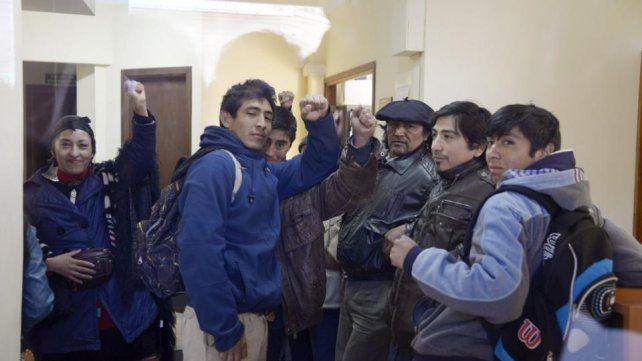 Incendian viviendas mapuches en Chubut