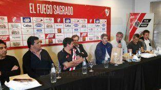 El Fuego Sagrado: Cena y fútbol con glorias de River Plate
