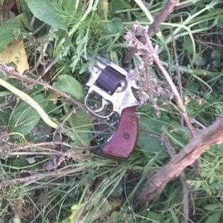 Tarde caliente. Este domingo hubo nuevos enfrentamientos con un detenido y un arma secuestrada.