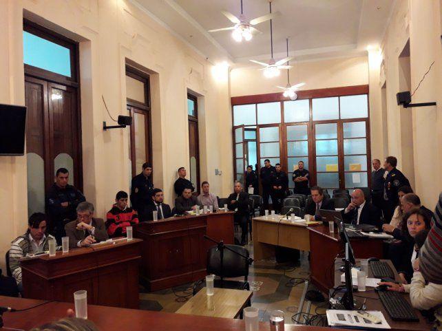 Enredos y cruces. Entre el fiscal Telenta y los defensores hubo planteos y críticas sobre las pruebas.