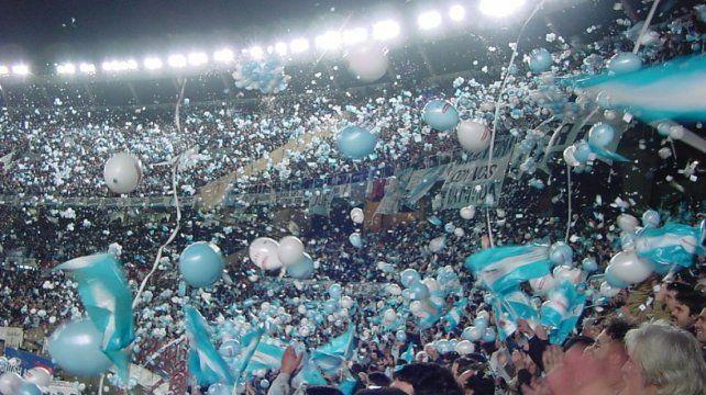 Se agotaron las entradas para Argentina-Perú y comenzó la reventa