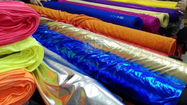 #FDD2017: Conocé las tendencias, ofertas y costos para confeccionar tu traje