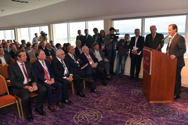 El gobernador Bordet en la jornada que se realizó en el Mayorazgo. Foto Prensa Gobernación.