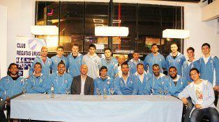 Regatas Uruguay presentó el plantel para el Torneo Federal de Básquet