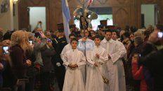 La imagen del Patrono llega a la Iglesia en la procesión del año pasado. Foto UNO Diego Arias.