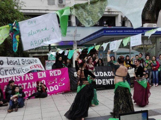 El grito por el Aborto Legal se escuchó fuerte en la capital de Entre Ríos