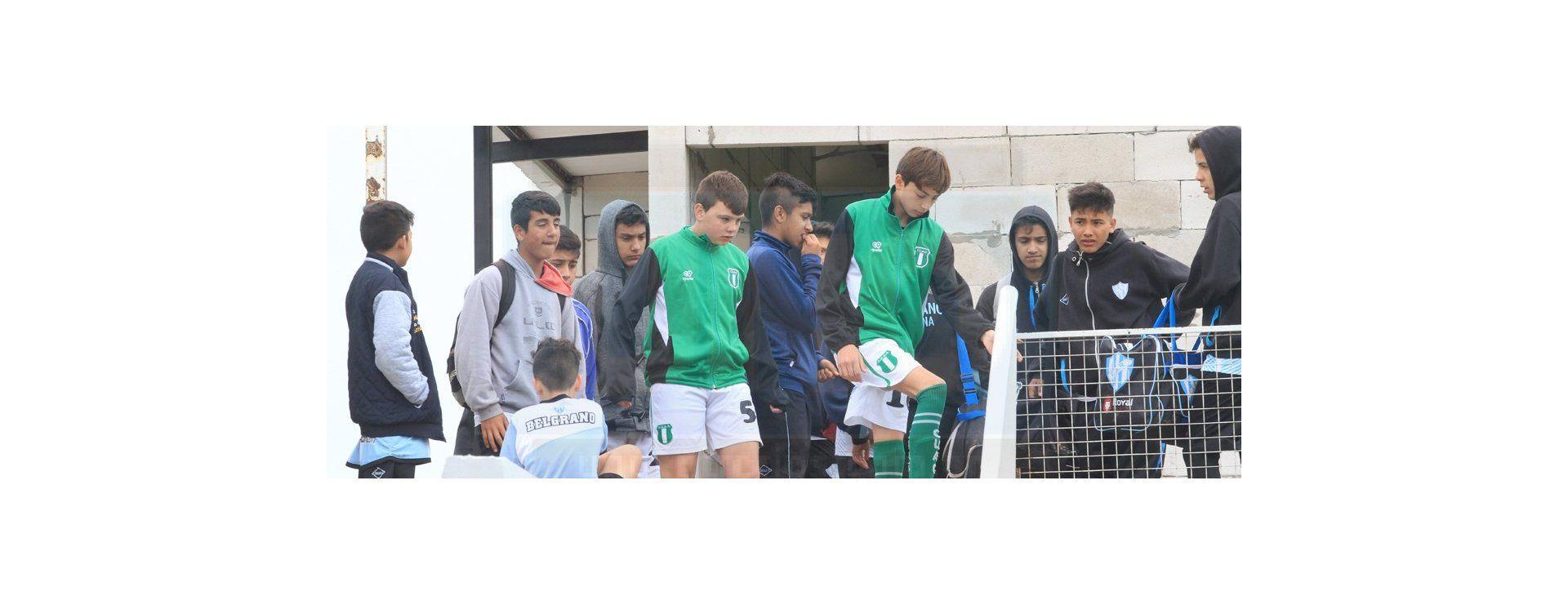 Lluvia, barro y fútbol en el torneo Yaguareté de Belgrano