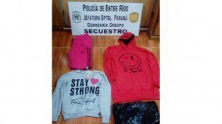 Crespo: Joven robó ropa de niña de un local y lo atraparon