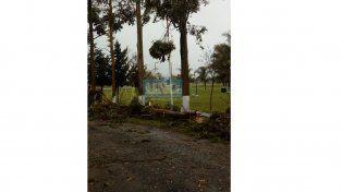 El temporal provocó graves destrozos en Colonia Crespo