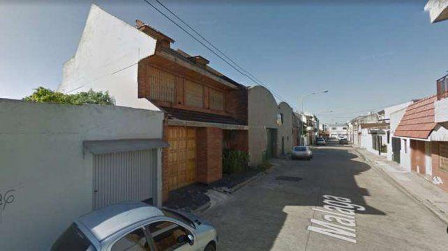 La casa donde ocurrió el crimen se ubica en el pasaje Málaga al 5500