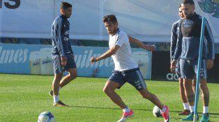 Argentina entrenó en Ezeiza a la espera de Messi