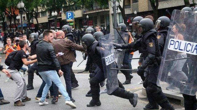 Reivindican el referéndum los miembros del Casal de Catalunya