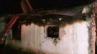Murió un anciano al incendiarse su vivienda, en Carbó