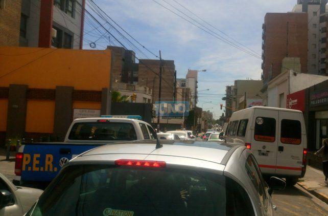 Hoy calle Corrientes al mediodía. Foto UNO.