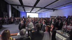 A sala llena. La convocatoria incluyó a numerosas autoridades y también a vecinos de Paraná.