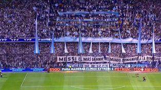 La 12 le dio la bienvenida a Messi