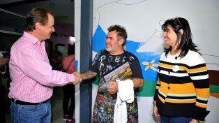 Con Milo. El gobernador visitó al reconocido artista