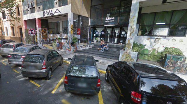 Quilmes: Un estudiante y la madre de una alumna fueron encontrados teniendo sexo en un aula