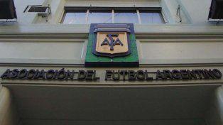 La AFA prometió crear una secretaría de contención para menores