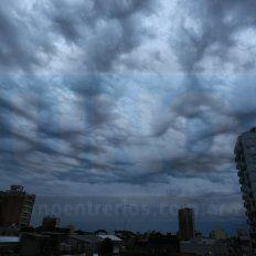 Alerta por tormentas fuertes y lluvias intensas para la provincia