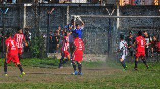 San Benito empató con Atlético Paraná y perdió la categoría en la Liga Paranaense