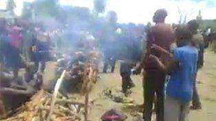Horror en el Congo: violaron y ejecutaron a una mujer en una plaza pública
