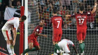 Portugal le ganó el mano a mano a Suiza y clasificó a Rusia