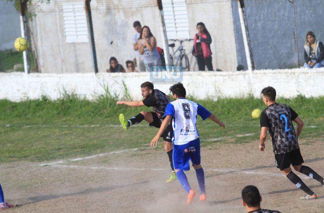 Belgrano jugó hoy en la cancha de Instituto. Foto UNO Juan Ignacio Pereira.